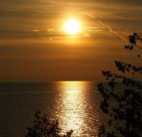 Lake Superior Sunset. by CiacoAgain