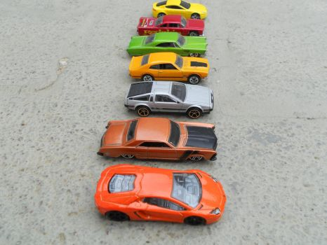 the ultimate hot-wheels drag-race 1439 by El-Macaquito