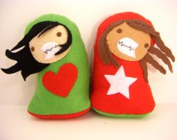 2 more Love + Sandwich beanies by loveandasandwich