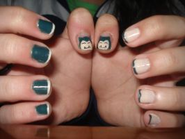 Snorlax Nail by Camilicks