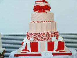 Red Cake by Feantalia