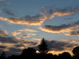 October 3rd Sundown.. by Michies-Photographyy