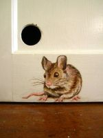 Door Mouse by hollrock