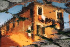 Reflected City by siskin
