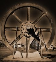 Big Roller Wheel on display (in cam HDR Edited) by PAlisauskas