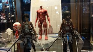 NYCC 2013: Attack on Titans figures! by Kitedot
