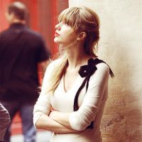 Taylor Swift 01 by nguyentuenhi