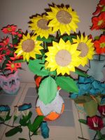 Sunflowers and 3d origami vase by dfoosdc
