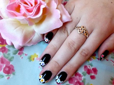 Edgy Flower Tip Nail Tutorial by RubyReminiscence