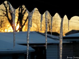 Icicle Sunset by cheekz-jess