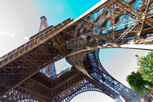 Eiffel Tower Altered State by Bifford