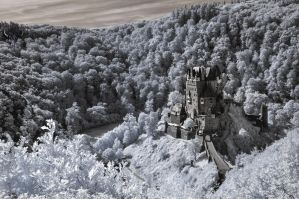 Burg Eltz by vw1956