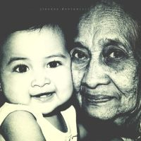 nenek_dan_cucu by Jiecess