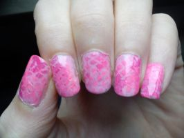 Pink Snakeskin Nail Art by EnelyaSaralonde