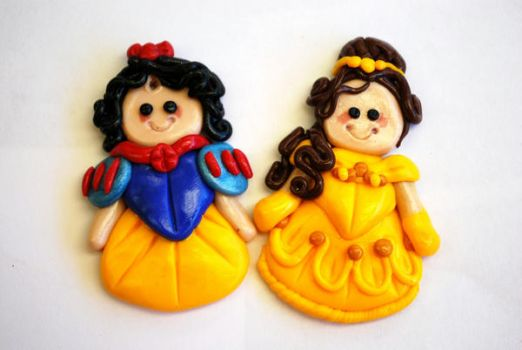 Belle and Snow White beads by snoprincess