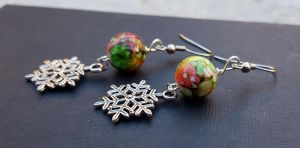 Snow flake charm earring with green and red bead by TEDSbyBri