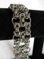 Byzantine O's by DeviantChainMaille