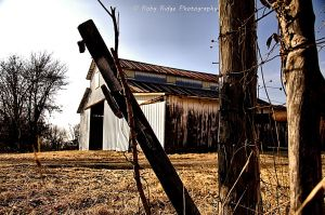 Missing Gate by RobyRidge