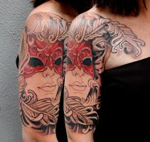 feathers mask by tattooneos