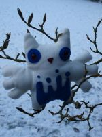 Snowy Owly by Cautionary-threads