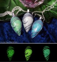 Glow in the Dark Drop Pendants by plasterfish