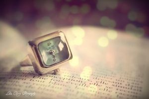Time in a Ring by Cixipod