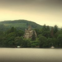 Lake Castle by lostknightkg