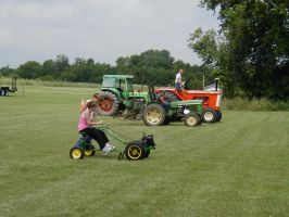 Tractor Race, who will win? by Lectrichead