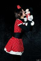 Minnie kiss by Biseuse