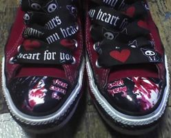'Three Cheers' converse by GeeFreak