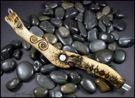 Driftwood and Gemstone Wand - Chandrani by andromeda