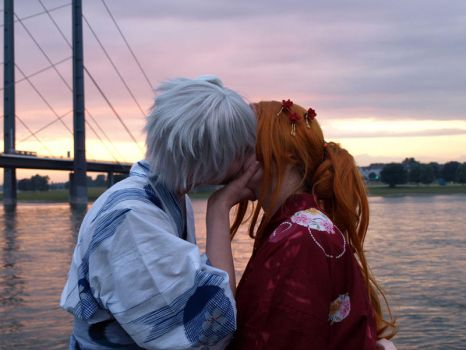 Gin and Rangiku - Stolen kiss by Ravenic