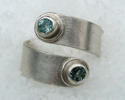 Brushed Curl Ring, Topaz by Wabbit-t3h