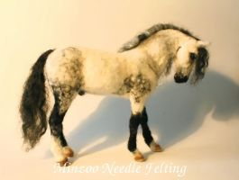 Andalusian Felted Horse by harmatan