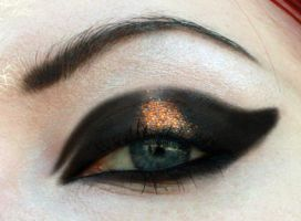 Glitter cat eye by aurelia87