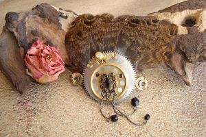 Steampunk Feathery Hairpin by rain2shine