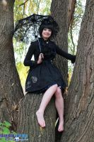 Black Lolita: Lolita in Autumn by HeikiC