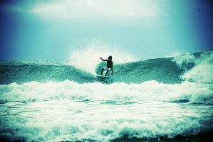 Surf 2 by elhazia