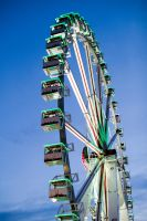 Hamburger Dom by Freacore