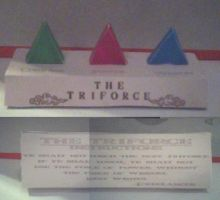 Colored Triforce Papercraft by ganon-destroyer