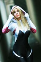 Spider Gwen cosplay by MiuMoonlight