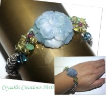 Blue Jadeit flower bracelet by CrysallisCreations