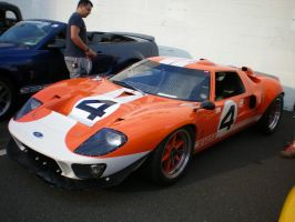 Ford GT40 by noneofurbussiness