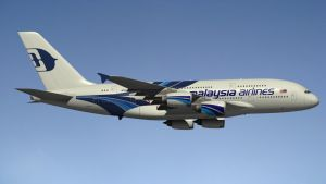 Airbus A380 Malaysia by Emigepa