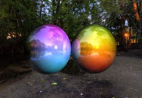 Raytraced Reflective Colored Balls w/ Environ. Map by mcsoftware