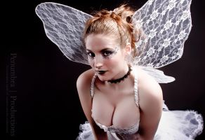 Booby Faery by Archaismic