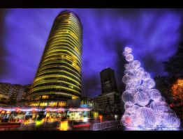 Christmas meets city HDR by ISIK5