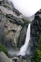 Lower Yosemite Falls by piemagon