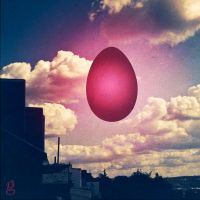 An egg in the sky by gilderic