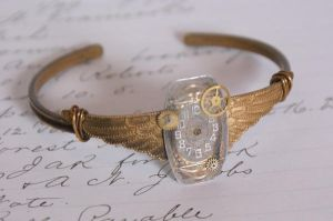 steam punk cuff by Archaic76